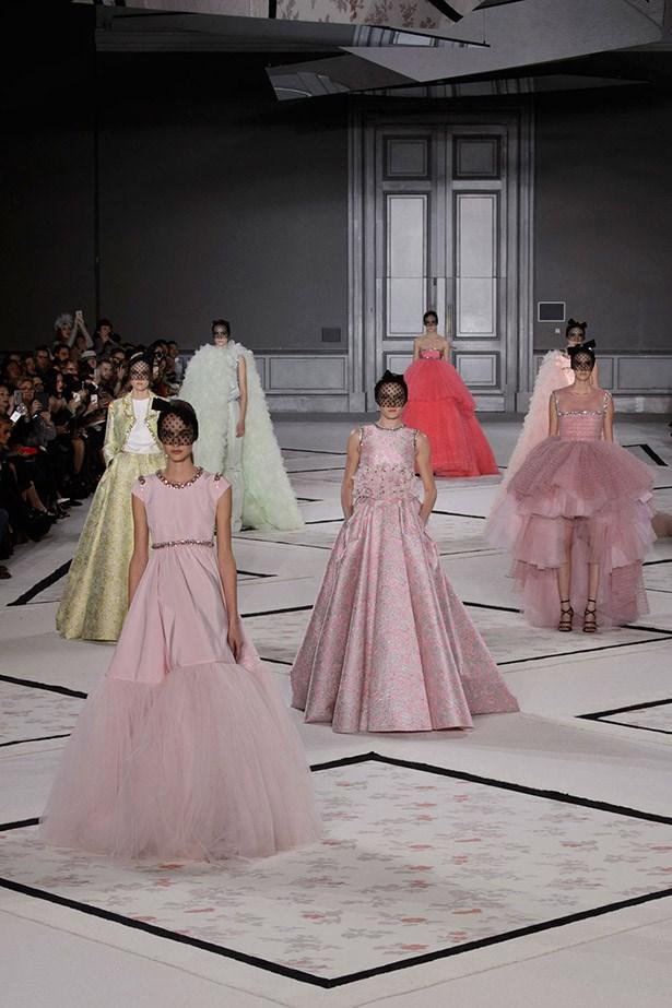 Giambattista Valli Haute Couture 15