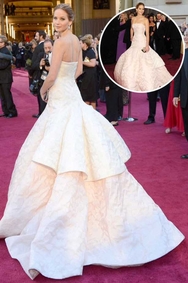 <p>JENNIFER LAWRENCE</p> <p>In Dior Couture at the 2013 Academy Awards</p>