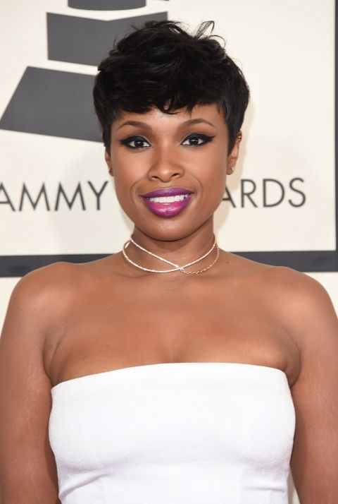 <strong>Jennifer Hudson</strong><br> Bold pink lipstick seems to be Jennifer Hudson's staple these days, and with good reason. The singer looks gorgeous as usual with poppy lips, a major cat eye, and a tousled pixie.