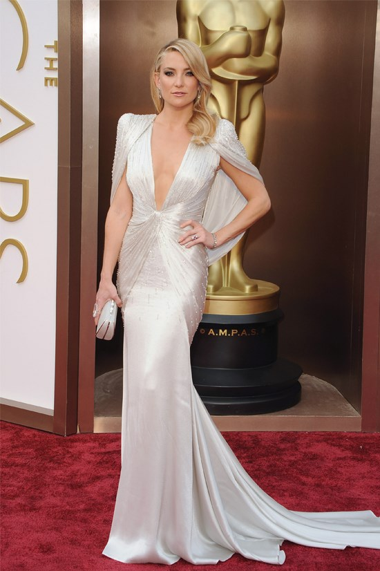 Kate Hudon in Atelier Versace at the 2014 Academy Awards.