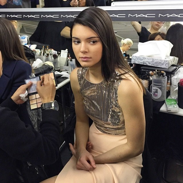 Kendall Jenner <br><br> Image: @fashiontomax