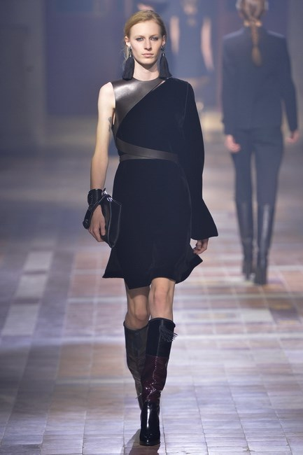 Alber Elbaz at Lanvin used the fabric to create a heavy sense of luxury.