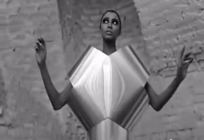 <strong>WHO ARE YOU, POLLY MAGGOO? (1966)</strong> The frantic opening scene of an aluminum-clad runway offers a satirical take on the fashion industry, following the life of fictional supermodel, Polly Maggoo.