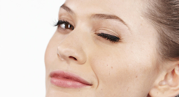 images 4 Easy Steps to Applying Fake Lashes That Dont Look Fake