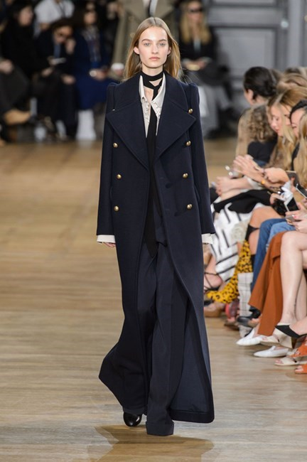 11. Good grooming matters, from head to toe.<br><br>Models wore their hair much like their military coats this season at Chloé: long, straight, no-fuss and parted in the middle. Brass-button shine essential.