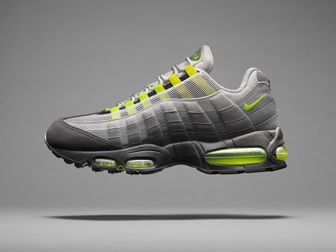 Debuting in 1995, the bold silhouette was the first to feature visible Nike Air in the forefoot. This completely new approach to cushioning brought runners superior comfort and support with dual air units. The Air Max 95 was the first Air Max model to feature a black midsole, a trait that drastically departed from traditional running shoe designs.
