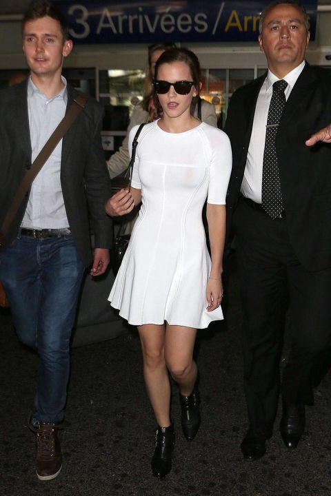 <strong>EMMA WATSON</strong> <BR> Okay, so this looks tricky and a little high maintenance but it's simple: Pair a stretchy, flouncy LWD with black boots and voilà. Add dark shades and the paparazzi will be snapping you.