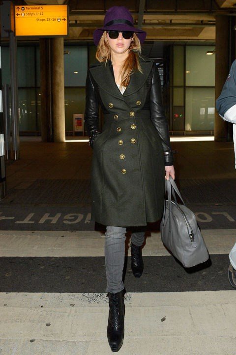 <strong>JENNIFER LAWRENCE</strong> <BR> Make like a starlet in a contrast leather-sleeved coat. Don't forget the dark shades and a jewel-toned hat to hide from the paparazzi.