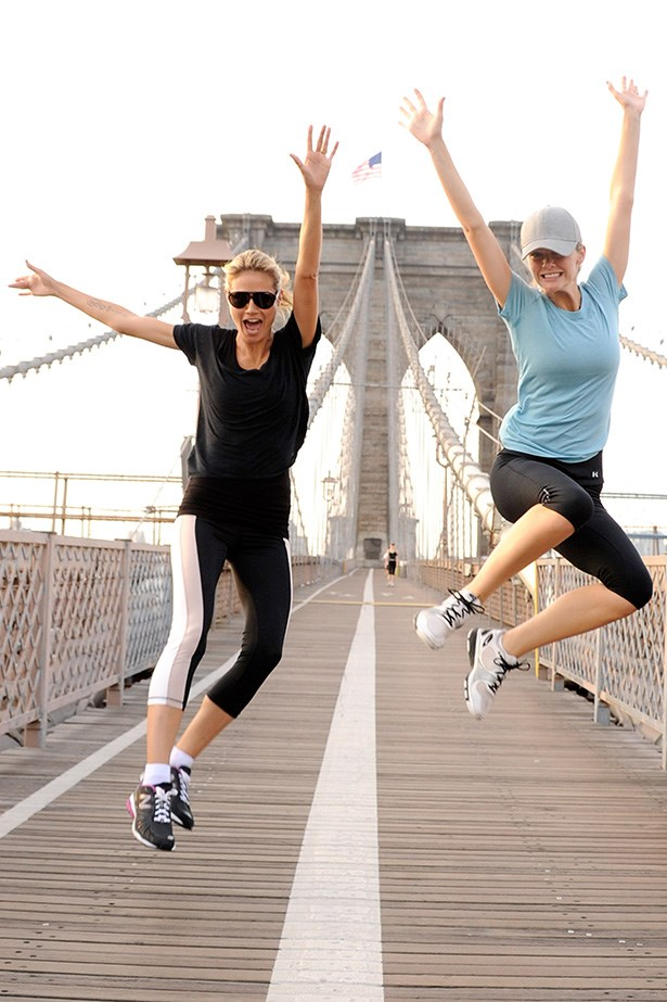 Heidi Klum continues her impromptu fun runs with fellow model Brooklyn Decker. The blonde babes managed to look airy and poised, despite it being the wee hours of the AM. Oh and while they were airborne, too. Respect.