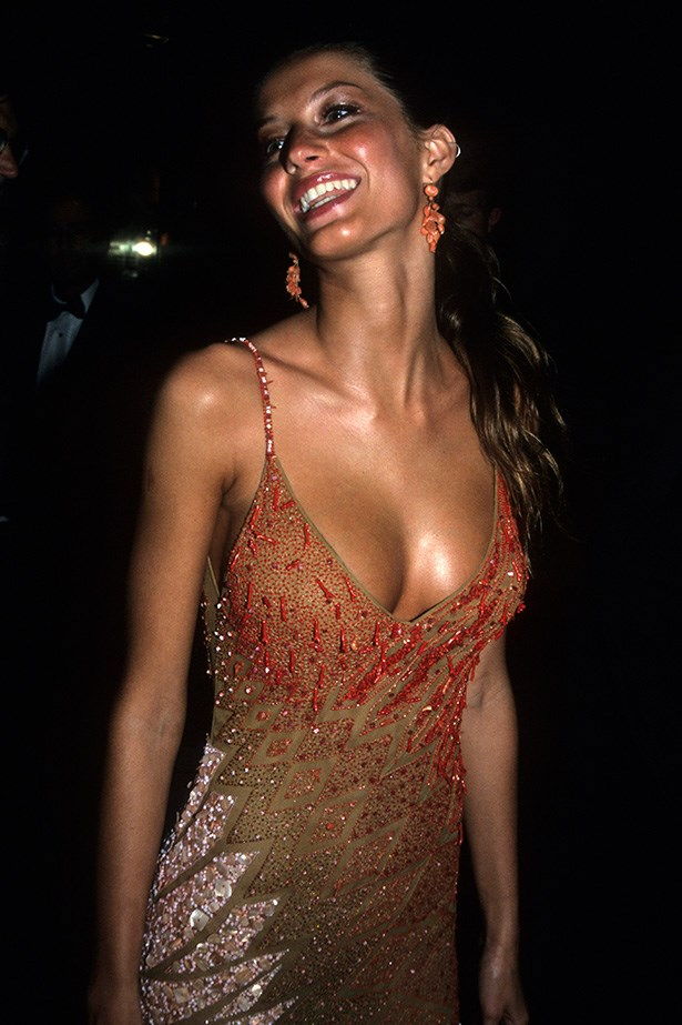 <strong>1995</strong <em><br>'Haute Couture'</em> <br>Gisele Bundchen