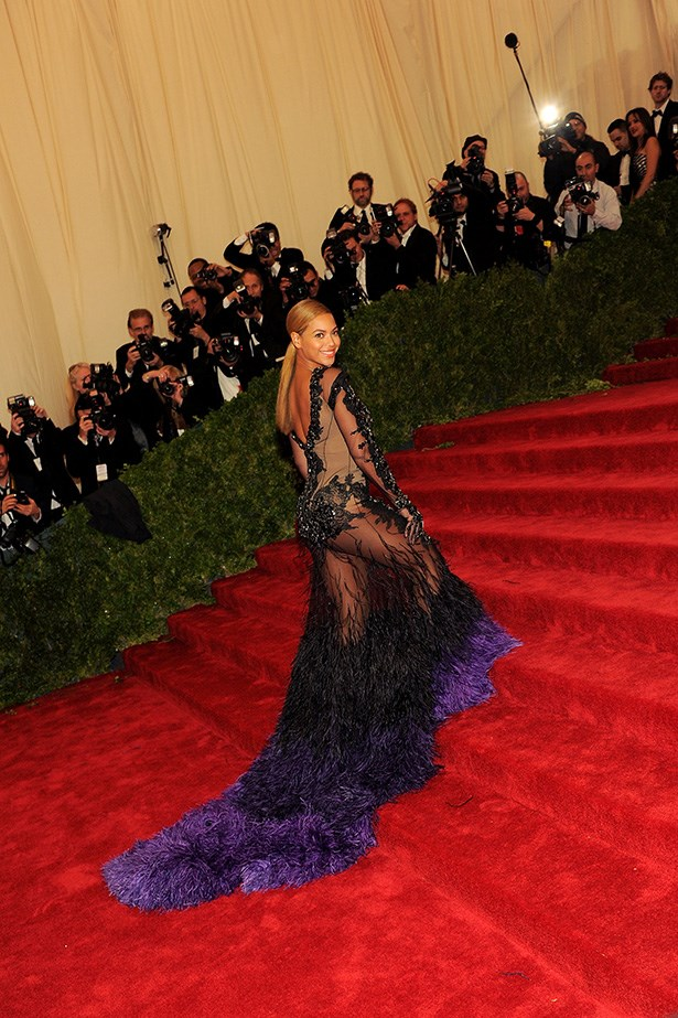 <strong>2010</strong <em><br>'Schiaparelli And Prada: Impossible Conversations' <br>Beyonce Knowles