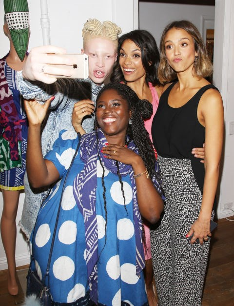 <strong>SHAUN ROSS, ROSARIO DAWSON, JESSICA ALBA, AND ABRIMA ERWIAH</strong>
