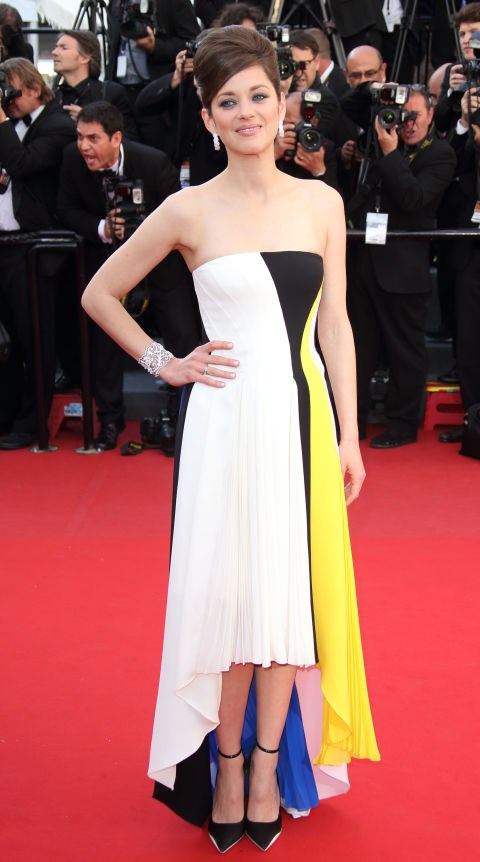 <strong>MARION COTILLARD</strong> <BR> Wearing Dior in 2013.