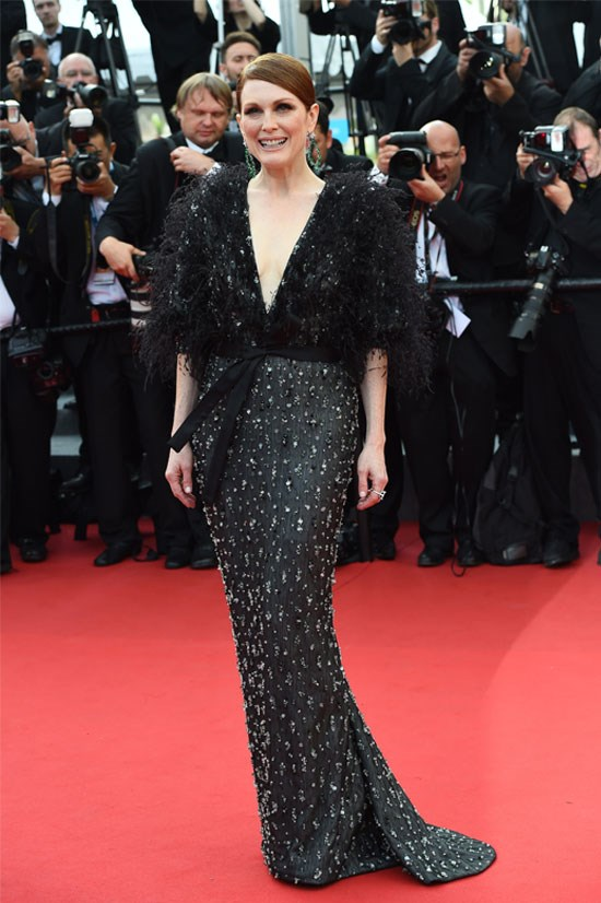 <strong>Julianne Moore</strong> wearing Armani Privé