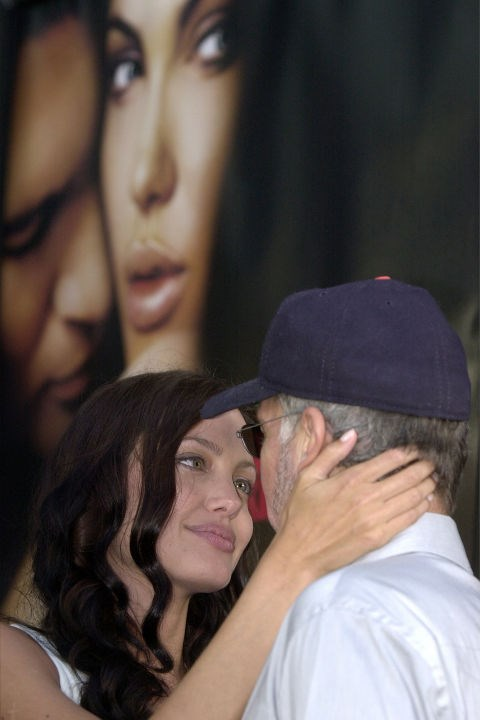Gazing into the eyes of then husband Billy Bob Thornton at the <em>Original Sin</em> premiere in July 2001.