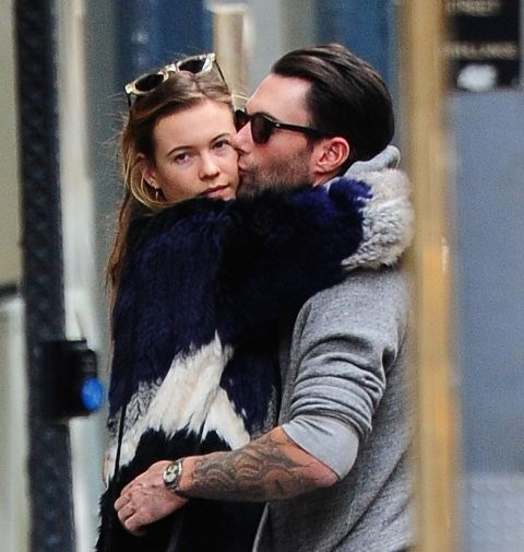 ADAM LEVINE AND BAHATI PRINSLOO (2012-PRESENT) Shortly after Levine split with Anne V, he began dating Prinsloo. They married in Mexico in 2014.
