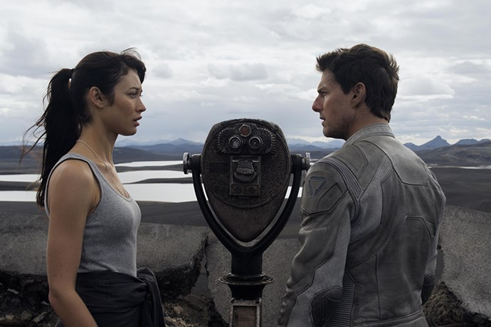 <strong><em>Oblivion</em></strong><br> <strong>People:</strong> Olga Kurylenko (33) and Tom Cruise (50)<br> <strong>Age gap:</strong> 17 years