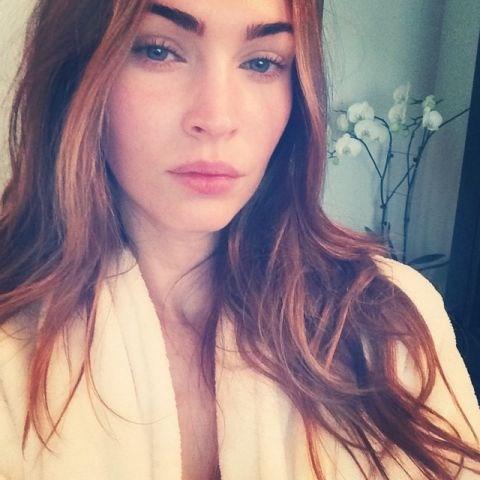 "<strong>MEGAN FOX</strong> <BR> First IG selfie. Early morning no makeup filter✔️ <BR> —<a href=""https://instagram.com/p/p_u22UGJvd/"">@the_native_tiger</a>"