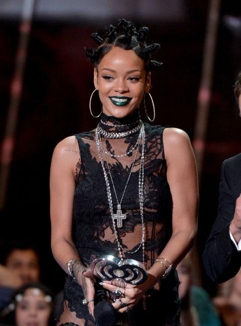 MAY 1, 2014 At the 2014 iHeartRadio Music Awards
