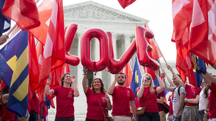 Supreme court legalises gay marriage in America