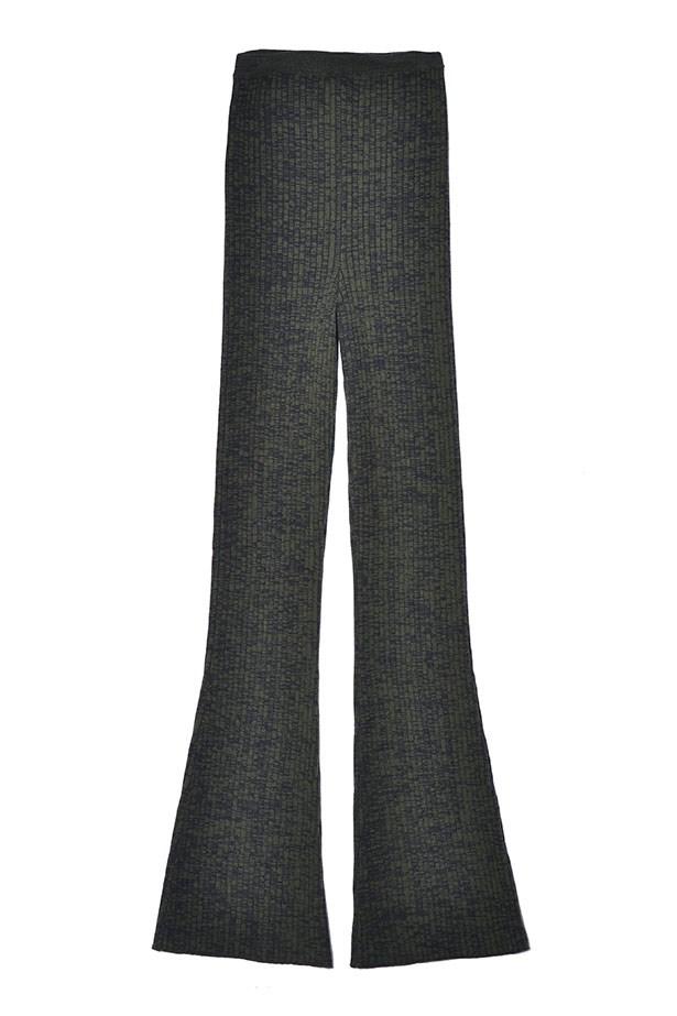 Pants $285, Sandro Paris, 02 9327 3377