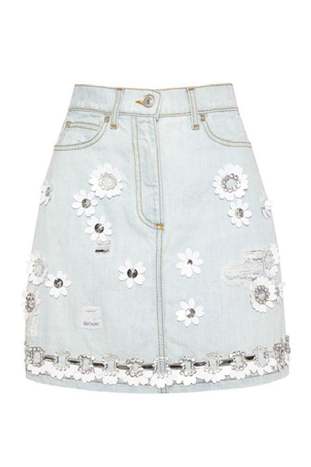 "Denim Skirt, $390, MSGM, <a href=""https://www.modaoperandi.com/msgm-r15/denim-skirt""></a>"