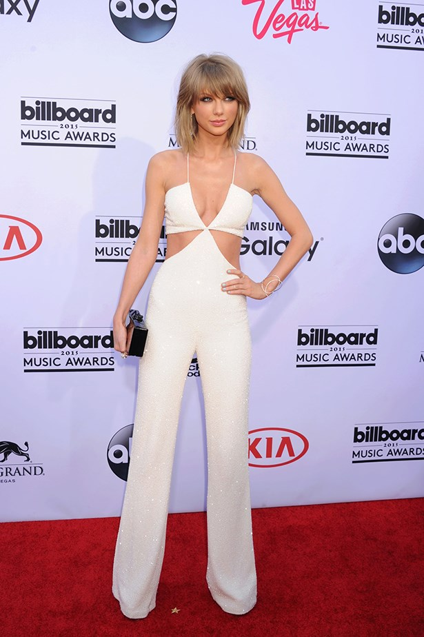 Taylor Swift In Balmain – 2015 Billboard Music Awards