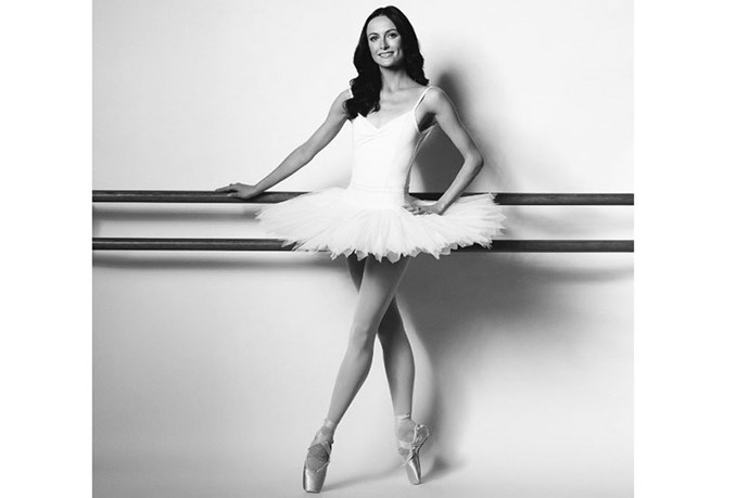 <strong>The Best Hair-Smoothers </strong> <br> <br> <em>(according to a ballerina with zero tolerance for flyaways)</em> <br> <br> <strong>Amber Scott, principal dancer with The Australian Ballet</strong>
