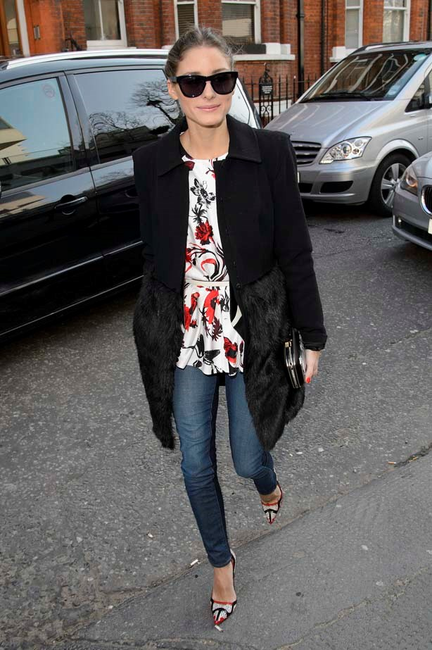 <p>February 19, 2013</p> <p>Olivia Palermo is pictured arriving at the Anya Hindmarch catwalk show during London Fashion Week.</p>
