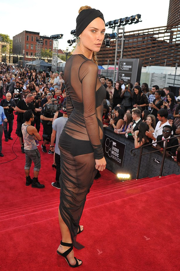 Erin Wasson went looow with this Alexandre Vauthier Couture sheer dress.
