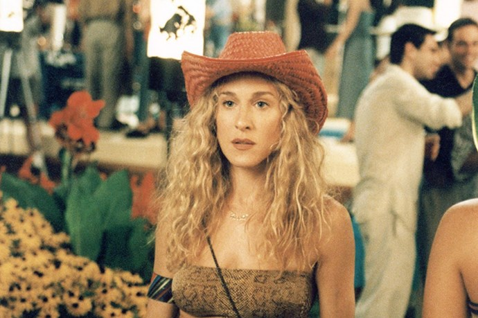 SEX AND THE CITY - Carrie is pretty much known for that crazy mane of blonde hair, but it almost wasn't blonde at all. Carrie was originally a brunette. They changed her to blonde 24 hours before they first started filming.