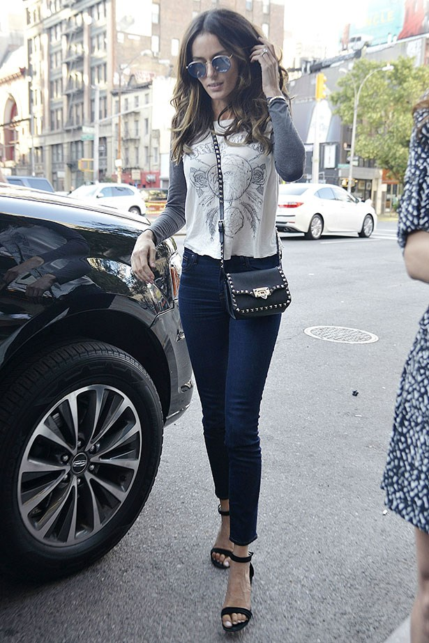 <p>Days later she was pictured re-wearing both items, we love!</p>