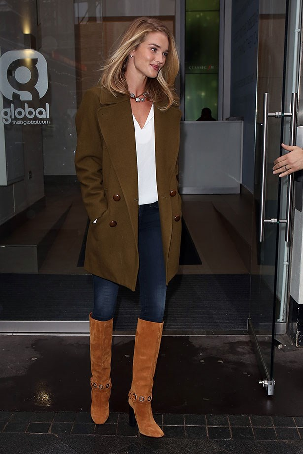 Rosie Huntington-Whiteley has been a long standing supporter of 70s style dressing.