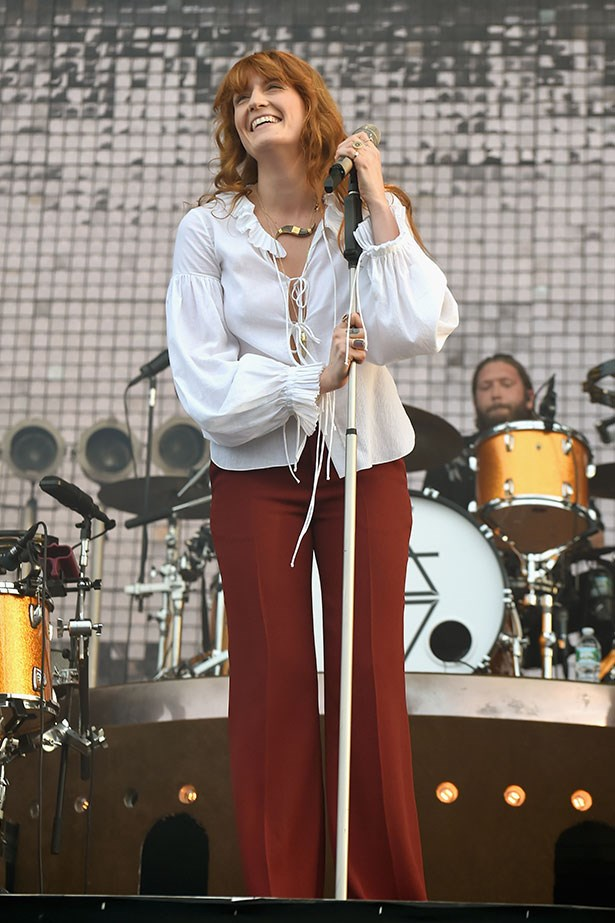 Florence Welch is the epitome of the 70s and we love her dearly for it.