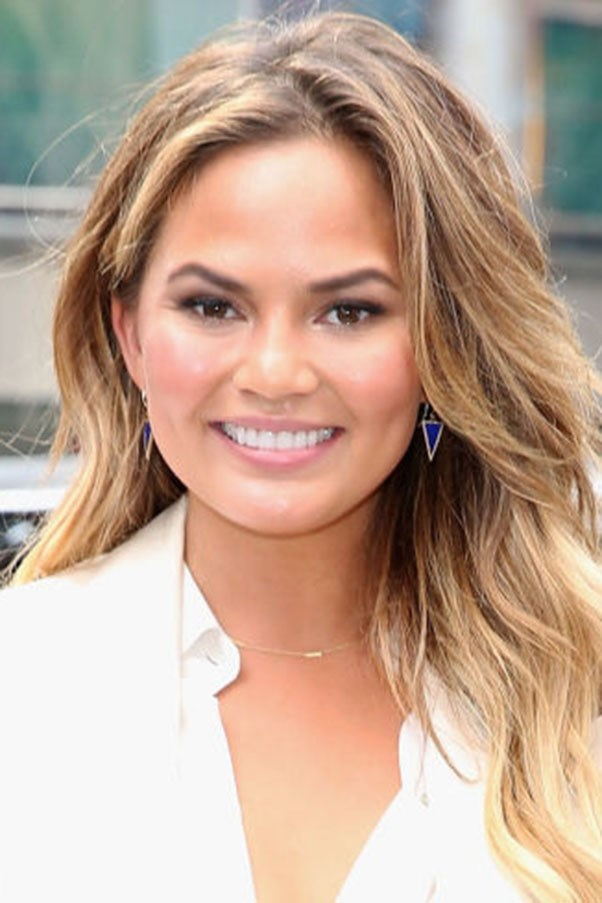 Chrissy Teigen reads all your mean social media comments