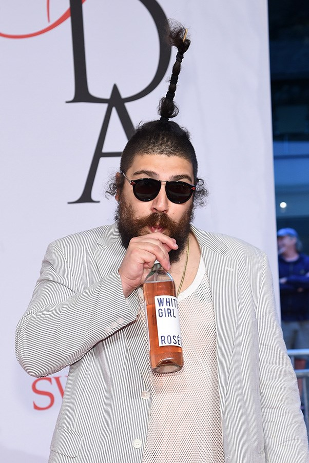 """Everybody is mad at """"The Fat Jew"""" for allegedly stealing jokes"""