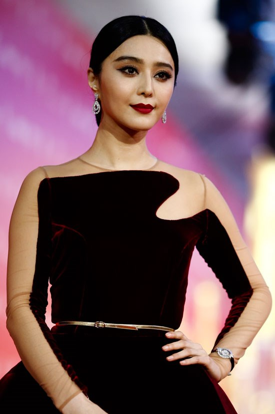 <strong>4. Bingbing Fan</strong> earned US$21 million. She is best known for her role in <em>X-Men: Days of Future Past</em>. She is also the only non-American in the highest paid list.