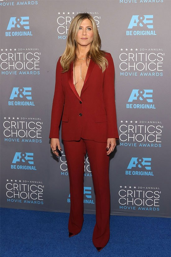 <strong>5. Jennifer Aniston</strong> earned US$16.5 million. She very recently married Justin Theroux, so it's fair to say it's been a good year for Jen