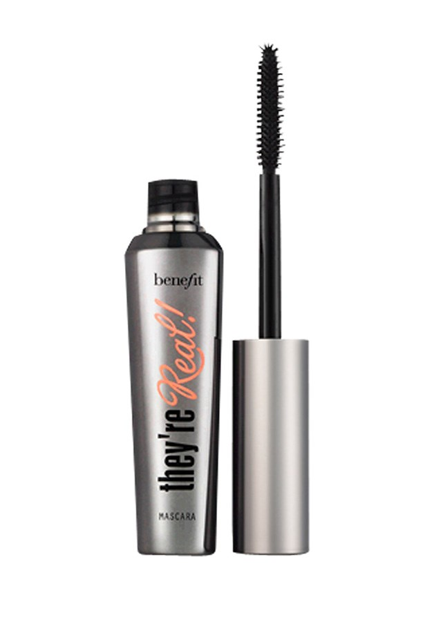 "<strong>You want:</strong> Thick, dark and defined lashes <br> <br> <strong>Go for:</strong> Plastic bristles <br> <br> The best for length and definition, plastic bristles coat and separate lashes with minimal clumping, for a denser, darker application and a spidery-eye finish (in the prettiest way possible!) <br> <br> <strong>Pro tip:</strong> Use the bristles on the tip to dust over the ends of each lash for extra definition. <br> <br> <strong>Try: </strong><a href=""http://www.myer.com.au/shop/mystore/benefit-theyre-real-mascara"">They're Real Mascara, Benefit</a>"