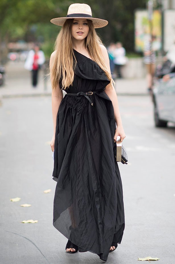 Don't want to go full off-shoulder? Kristina Bazan demonstrates that you can get just as much impact with going for half.