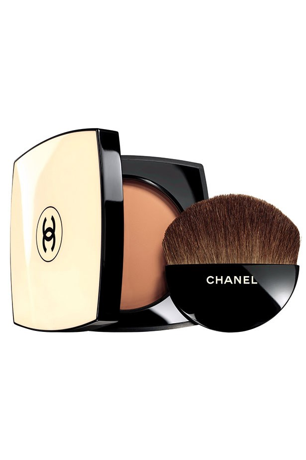 "<strong>The sheer bronzer</strong> <br> <br> A lightweight, matte finish bronzer can be dusted all over for instant yes-I-got-eight-hours-sleep skin, or built up in areas to sculpt and contour. <br> <br> When you're feeling blah and it's only Tuesday, brush on <a href=""http://shop.davidjones.com.au/djs/en/davidjones/les-beiges-healthy-glow-sheer-powder-spf-15---pa"">this </a>beautiful blend. Or try <a href="" http://www.maccosmetics.com.au/product/shaded/159/302/Products/Face/Powder/Bronzing-Powder/index.tmpl"">this </a>and <a href=""https://www.priceline.com.au/nude-by-nature-pressed-matte-mineral-bronzer-10-g"">this</a>"