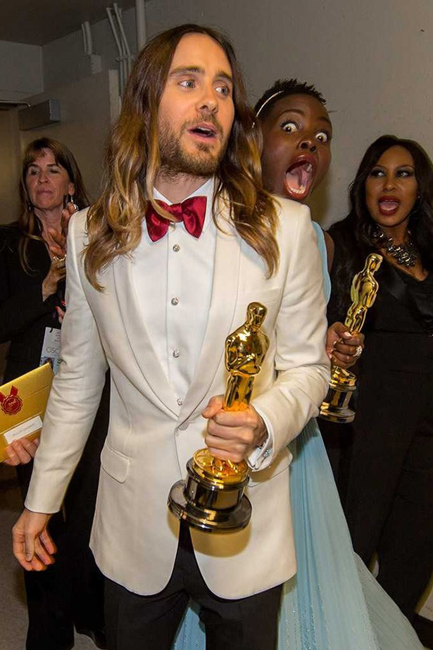 Then Lupita got her turn - on Jared Leto no less. The circle of photobombing is pretty complete.