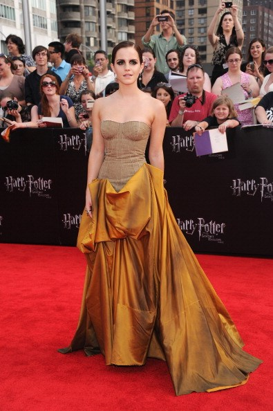 <p><strong>JULY 11, 2011</strong></p> <p>At the premiere of Harry Potter and the Deathly Hallows: Part 2 in New York wearing a Bottega Veneta gown.</p>