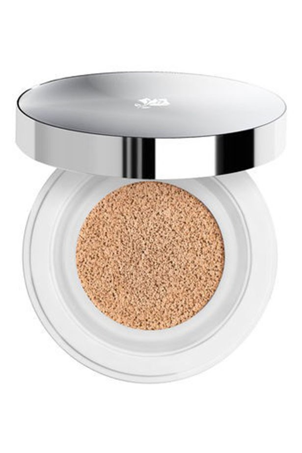 """<strong><a href=""""http://www.lancome.com.au/whats-new/lancome-selection/whats-new/new-miracle-cushion"""">Miracle Cushion Compact Foundation 250, Lancôme</a></strong> <br> <br> <em>Inspired by the cushion-craze coming out of South Korea, this champion product combines the portability of a compact with the freshness of a liquid foundation. It feels super fresh on contact and builds beautifully with the supplied sponge, pus it works as well in the AM as it does for touch-ups later in the day without caking. </em>"""