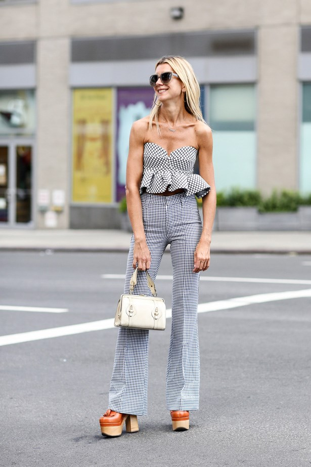 We want to be wearing these gingham pants immediately.