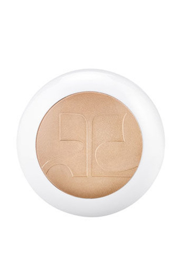 <strong>It's all about the glow</strong> <br><br> Complement your contour and inject some glow for a knockout complexion. Try the Illuminations Face Powder, $52, <em>Estée Lauder</em>, 1800 061 326 to define your features with a light sweep of highlighter over your cheekbones, Cupid 's bow and top of the nose bridge.
