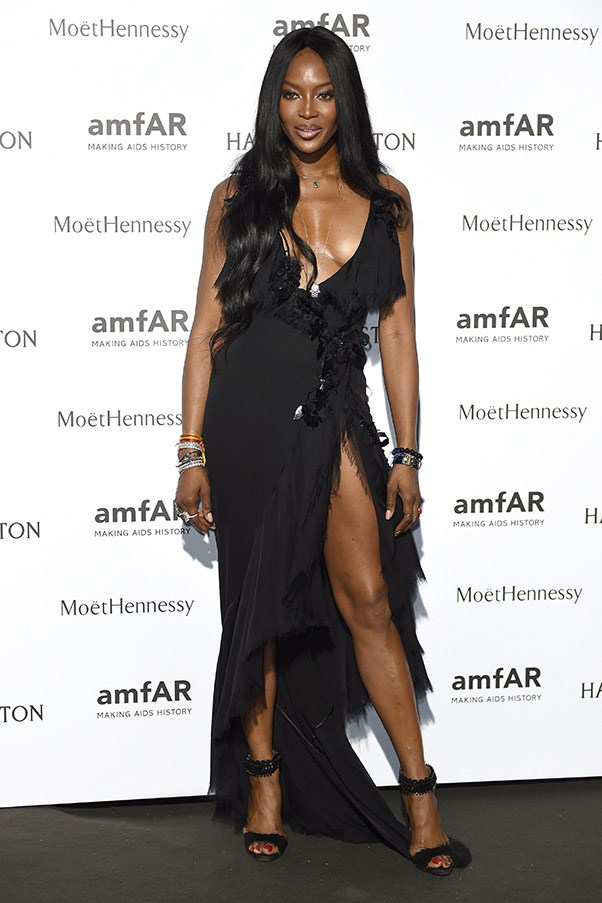 Instagram Removes Naomi Campbell's Topless Photo (NSFW)