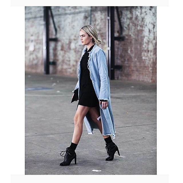 Aussie blogger Brooke Testoni wears her Georgia Alice trench to Australian Fashion Week.