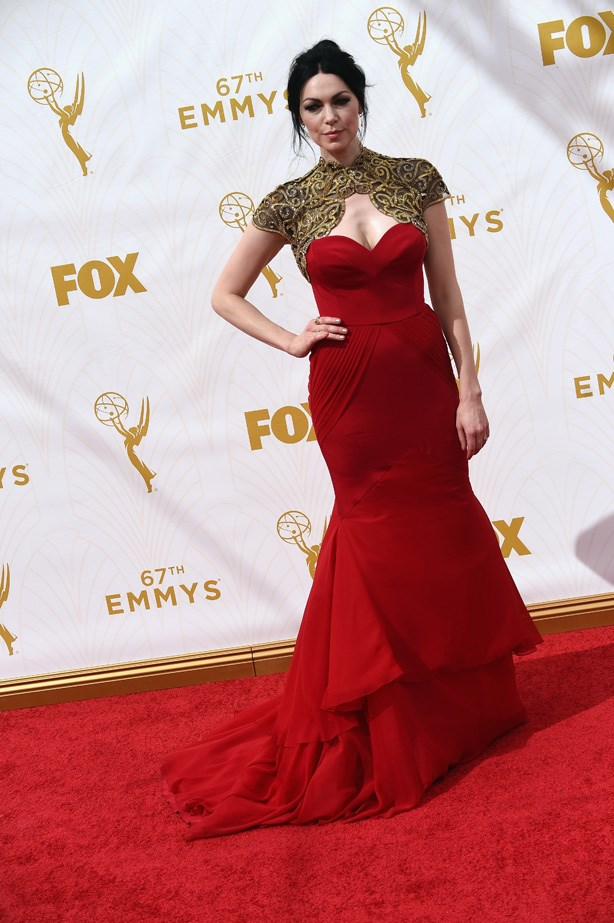 Laura Prepon makes a bold statement in this stunning gown.