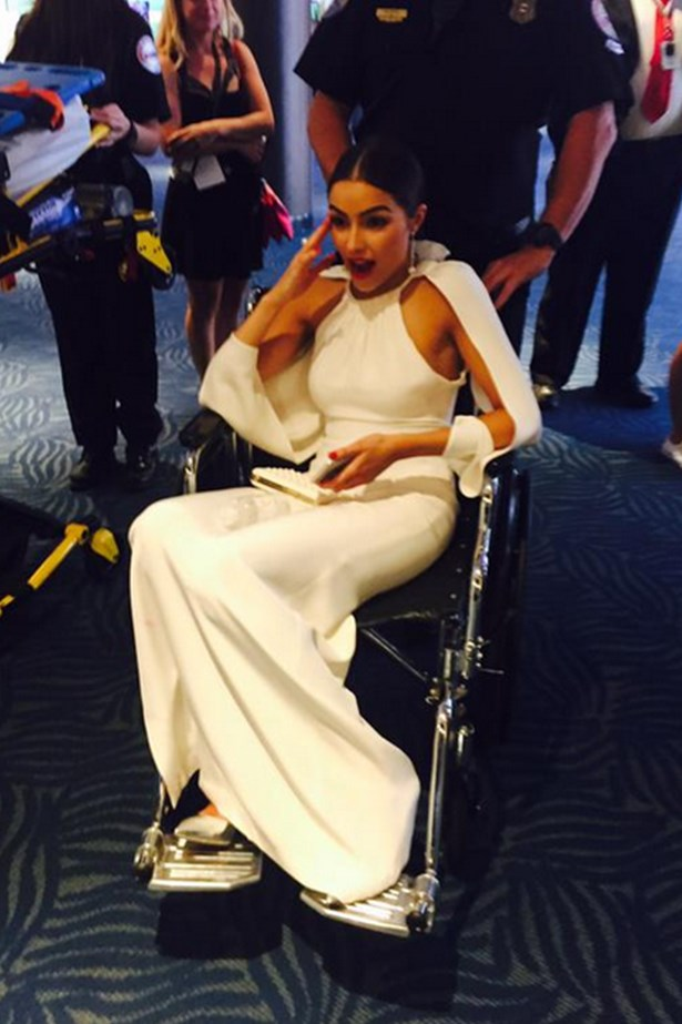 Olivia Culpo Collapses At The Emmys